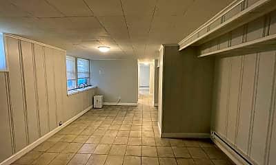 Bathroom, 208 W 34th St, 2
