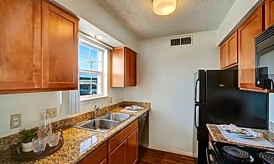 Golden Crest Apartments, 0