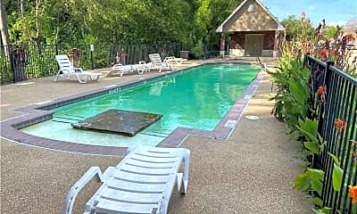 Pool, 248 Forest Dr, 2