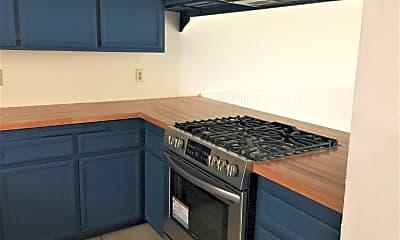 Kitchen, 526 11th Street #3, 1