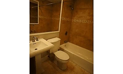 Bathroom, 216 W Springfield St, 2