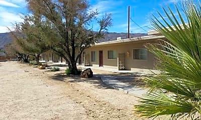Building, 73636 Cactus Dr C, 0