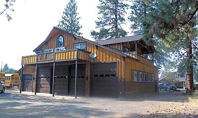 Building, 801 E Cascade Ave, 1