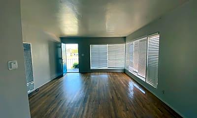 Living Room, 6265 Montezuma Rd, 1