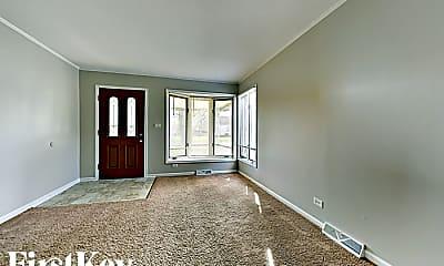 Living Room, 3734 Park Ave, 1
