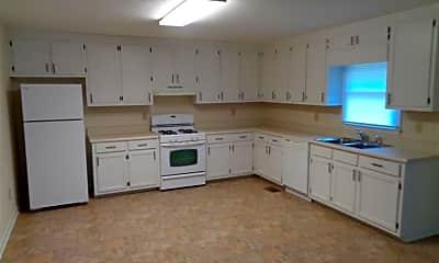Kitchen, 498 Old Corinth Rd, 1