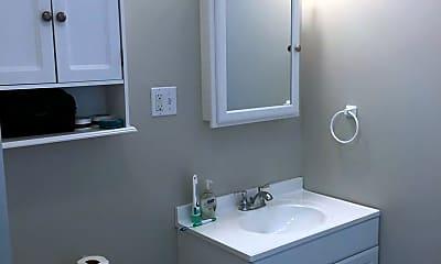 Bathroom, 521 E State St, 2