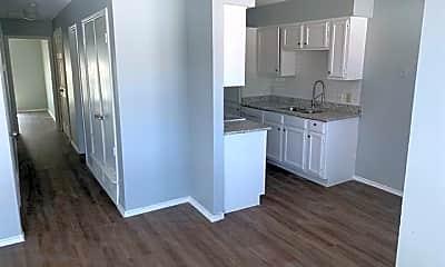 Kitchen, 143 Allencrest Dr C, 1