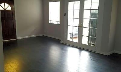 Living Room, 408 E Elk Ave, 0