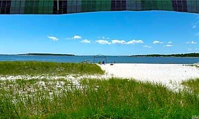 645 Fishermans Beach Rd, 1