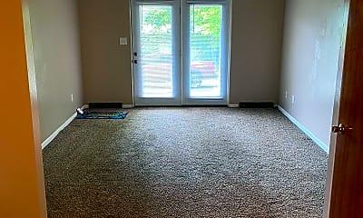 Living Room, 14001 Bedford Rd NE, 1
