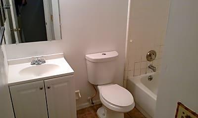 Bathroom, 2415 S Cedar Ave, 2