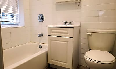 Bathroom, 131 Cator Ave, 2