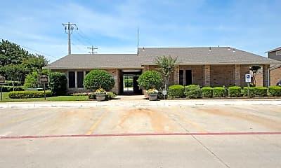Leasing Office, Mack Park, 1