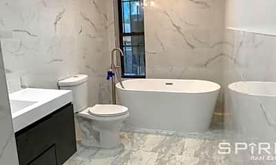 Bathroom, 134 Midwood St, 0