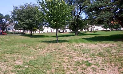 Ivanhoe Gardens, 2