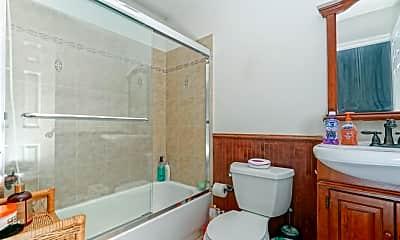 Bathroom, 412 Moore Street, 2