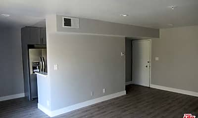 Living Room, 711 Orange Grove Ave 202, 0
