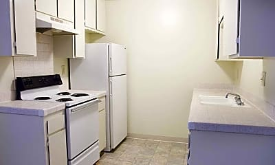 Kitchen, Doriana Apartments, 1