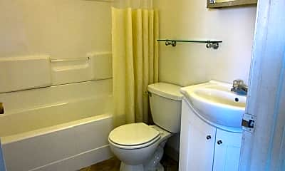 Bathroom, 1431 3rd Ave, 2