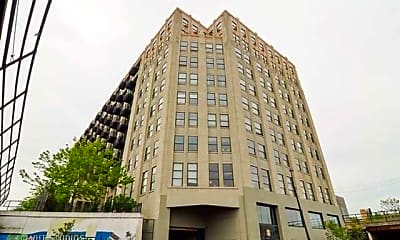 Building, 1550 S Blue Island Ave 513, 0