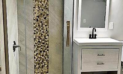 Bathroom, 11 Catalpa Ln, 1