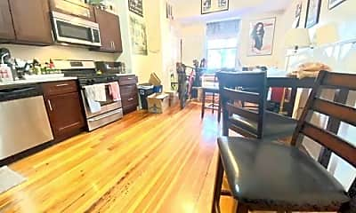 Living Room, 365 Meridian St, 2