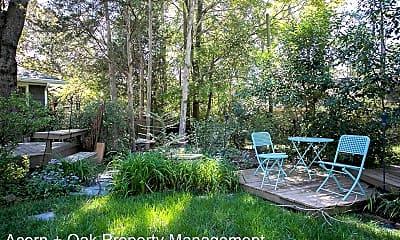 Patio / Deck, 2600 Chapel Hill Rd, 2
