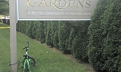 Royal Garden Apartments, 1