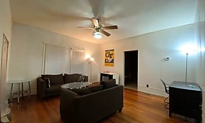 Living Room, 425 Richards St NW, 1