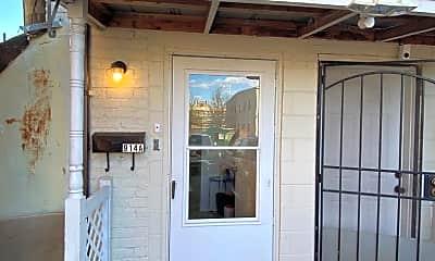Patio / Deck, 914 W Broad St, 0