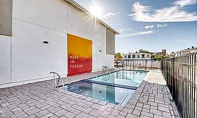 Pool, 1330 E Drachman St, 0