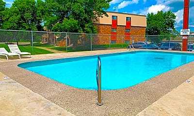 Pool, 30 15th Ave N, 1