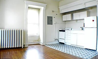 Kitchen, 122 Manheim St 11, 1