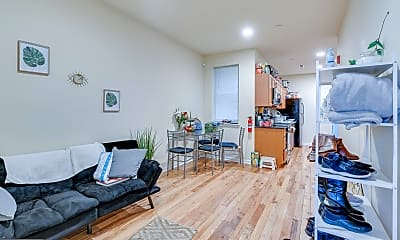 Living Room, 514 N 39th St A, 0