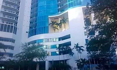 Las Olas River House, 0