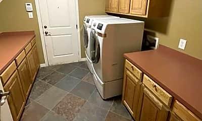Kitchen, 3815 Sumner Ct, 2