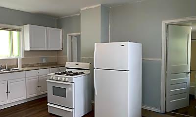 Kitchen, 555 Glenwood Ave, 1