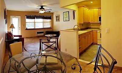 Kitchen, 15 Kingswood E A 15, 1
