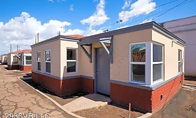 Building, 2936 E Van Buren St, 1