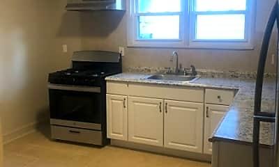 Kitchen, 918 Grove St, 2
