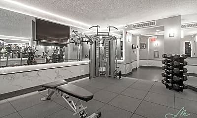 Fitness Weight Room, 240 E 44th St, 2