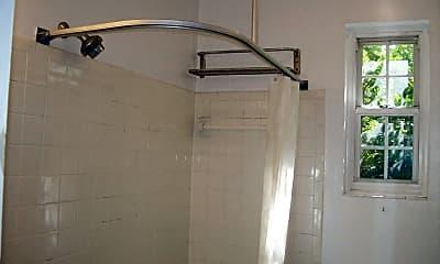 Bathroom, 3051 Idaho Ave NW 107, 2