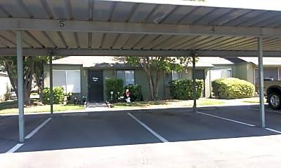 Cardinal Creek Apartments, 0