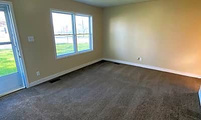 Living Room, 5032 Stony Run Ct, 1