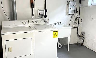 Kitchen, 2640 S Iseminger St, 2