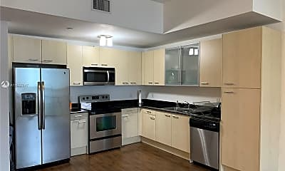 Kitchen, 1350 NW 8th Ct 306, 0