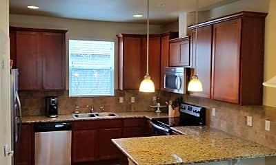 Kitchen, 2234 Tamarac St, 1