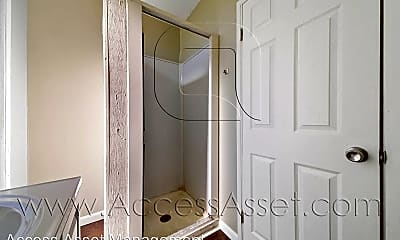 Bathroom, 113 E Kimball Ave, 1