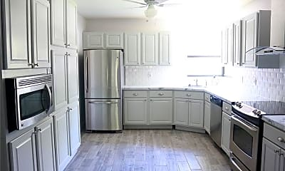 Kitchen, 1200 Tarpon Woods Blvd M-6, 0